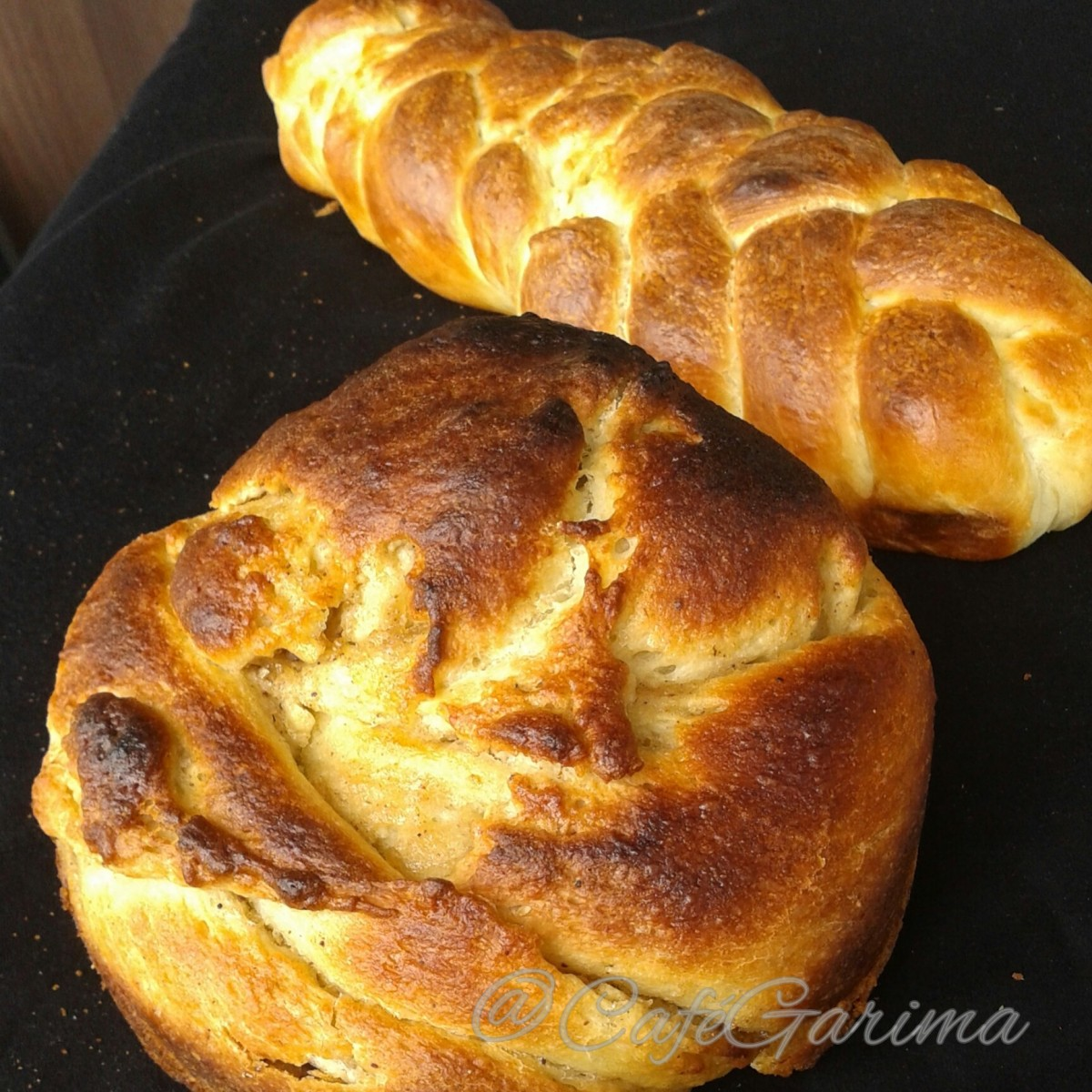 Apple Butter Challah and a Braid | CaféGarima