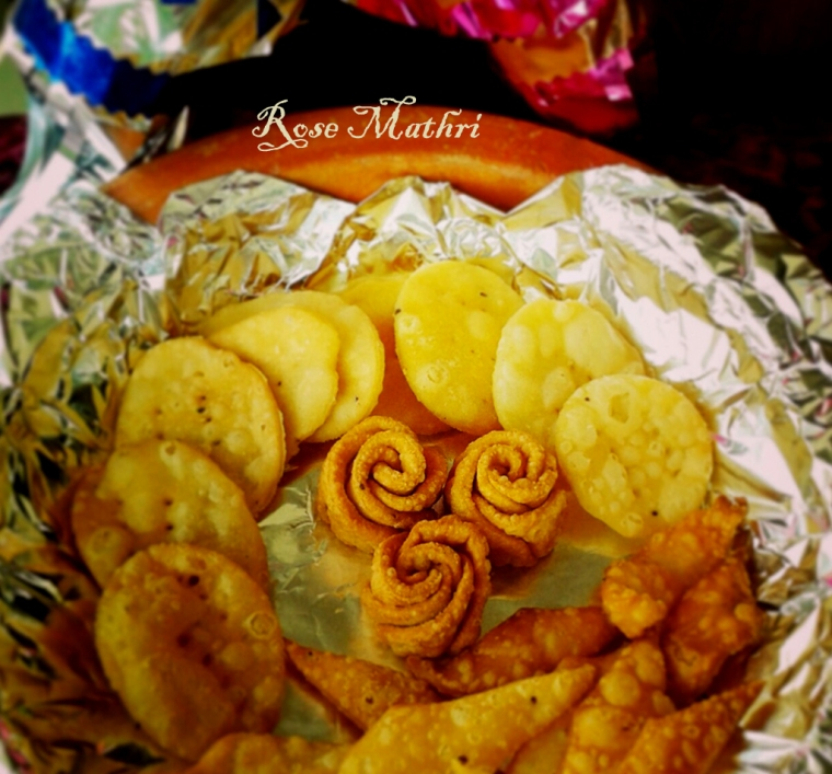 Rose Shaped Mathri