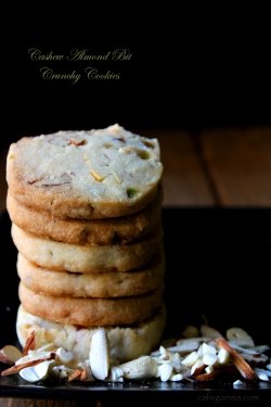 Cashew Almond Cookies