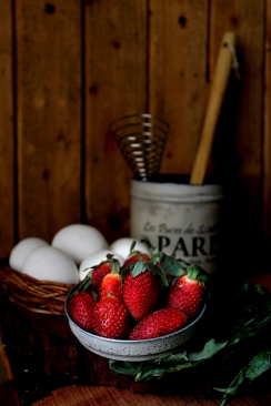 Strawberries and eggs3